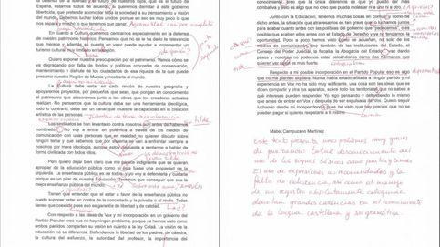 Profesores de Murcia corrigen un texto de la nueva consejera de Educación
