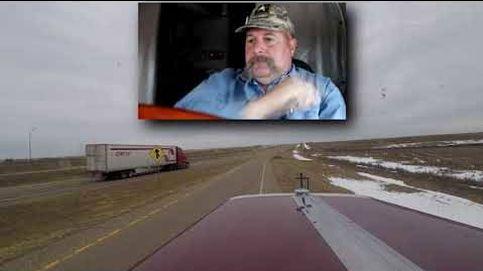 Este camionero para su camión.. para jugar con la nieve