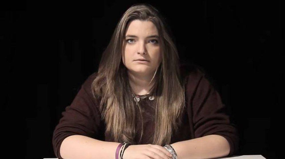 Foto: La hija de Zapatero en una imagen de su vídeo de Youtube.