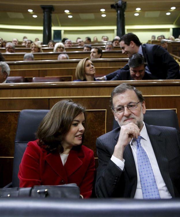 Foto: Soraya Sáenz de Santamaría y Mariano Rajoy, en el Congreso. (Reuters)