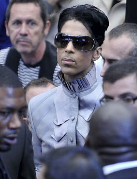 "Prince: ""Internet ha muerto"""