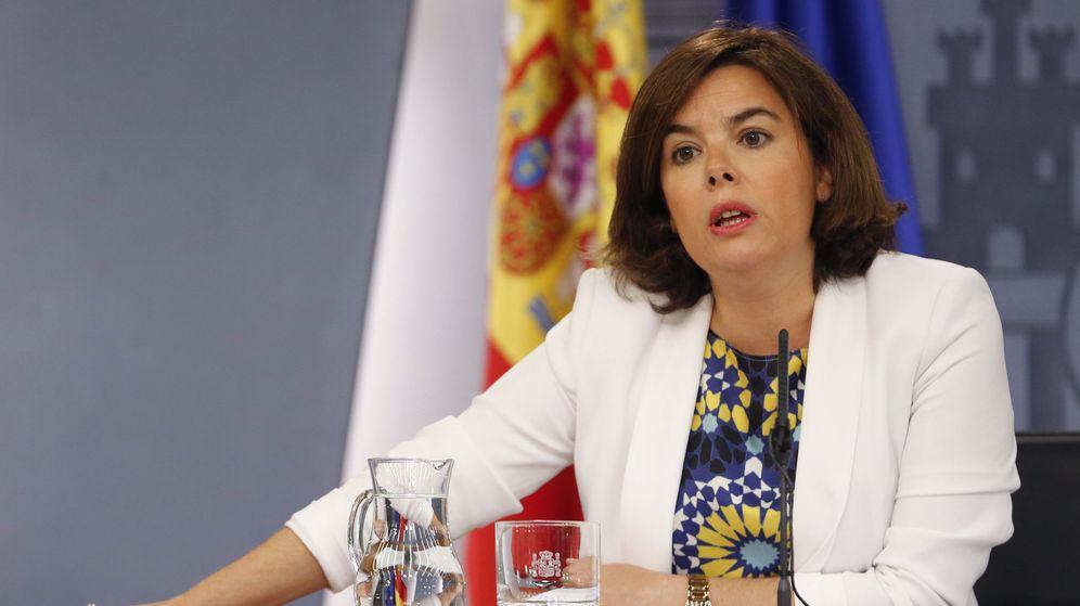 Foto: La vicepresidenta del Gobierno, Soraya Sáenz de Santamaría en el Consejo de Ministros. (EFE)