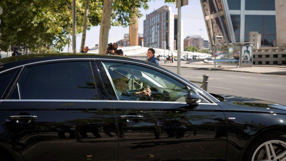 Foto: El director del CNI, Félix Sanz Roldán, a su salida tras declarar como testigo contra el excomisario José Villarejo. (EFE)