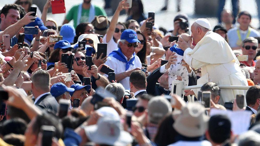 Foto: El papa Francisco en la plaza de San Pedro en el Vaticano. (EFE)