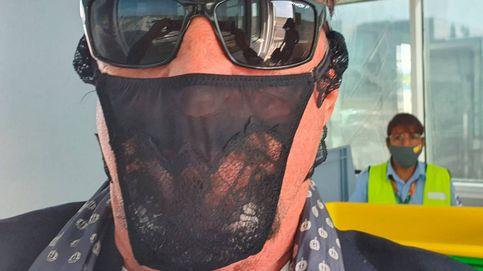 Detienen al fundador del antivirus McAfee por usar un tanga como máscara