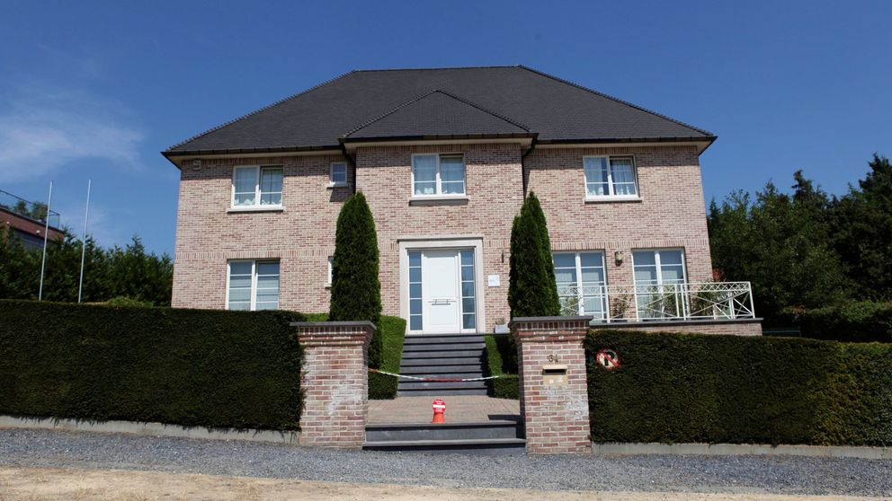 Puigdemont unifica en su mansión de Waterloo las sedes de sus asociaciones belgas
