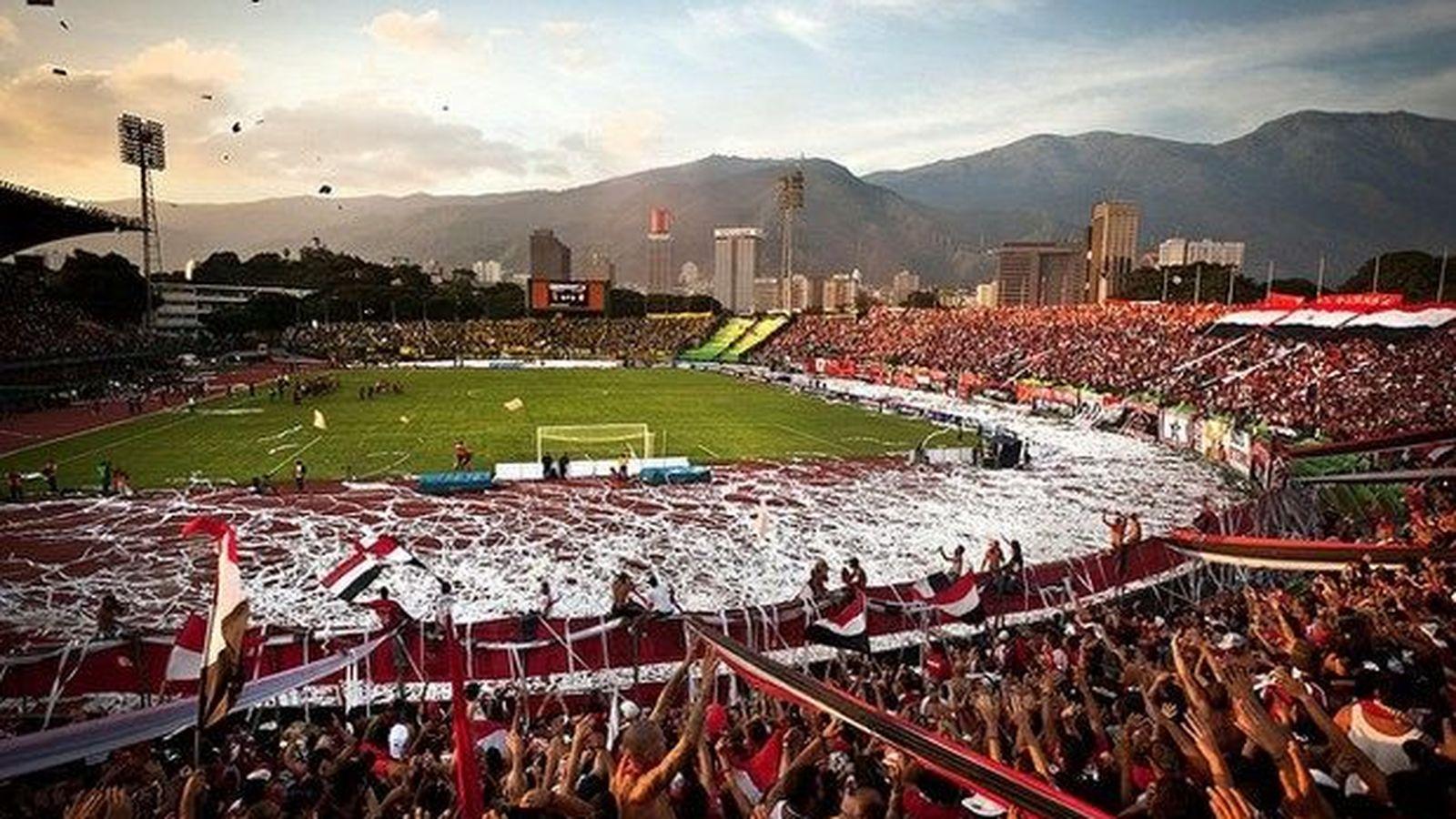 Foto: Estadio Pachencho Romero de Maracaibo, hasta la bandera. FOTO: DANIEL LÓPEZ