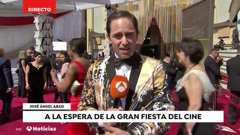 Un espontáneo se cuela en el directo de José Ángel Abad ('Antena 3 noticias')