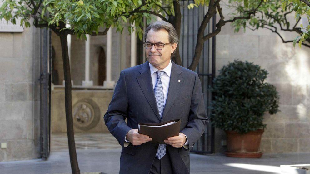 S&P baja el rating a Cataluña por su deuda y alerta de mayores tensiones con España