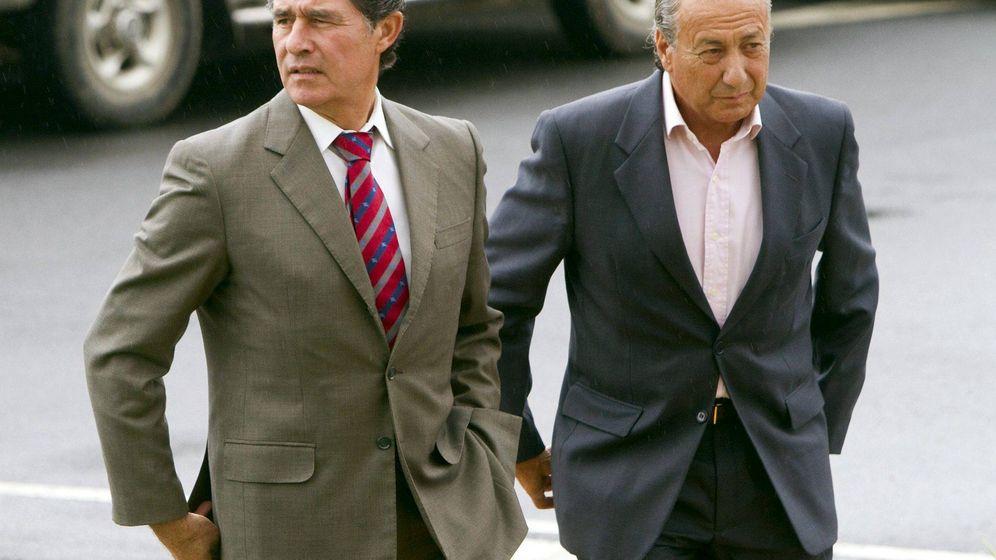 Foto: José Antonio Campuzano, junto a Manolo Cortes. (EFE)