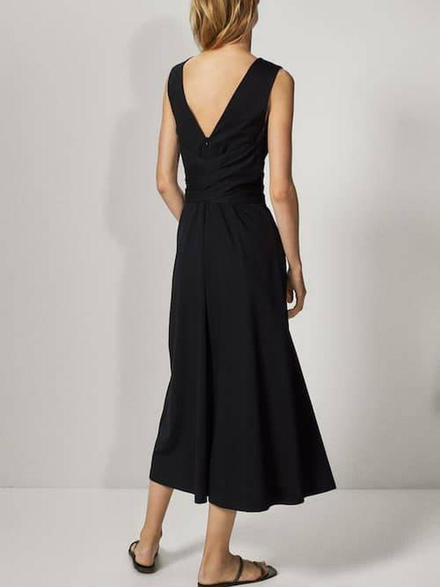 El vestido de Massimo Dutti. (Cortesía)