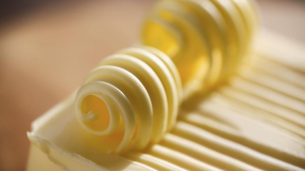Foto: La mantequilla está recuperando terreno, pero sigue siendo un alimento que debemos consumir con moderación. (iStock)