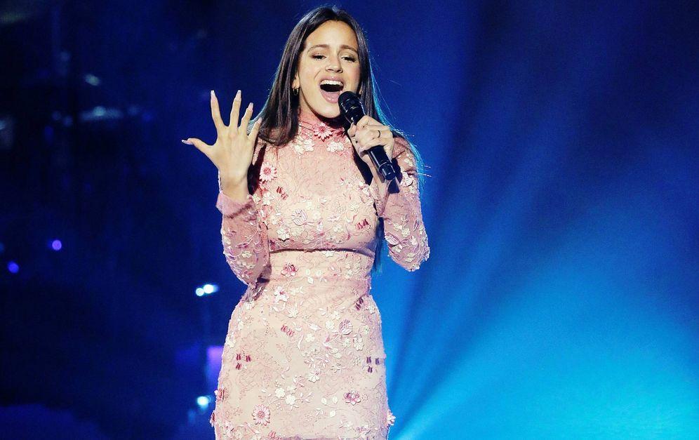 Foto: Rosalía actúa durante la gala Persona del Año 2017 en Las Vegas.  (EFE)