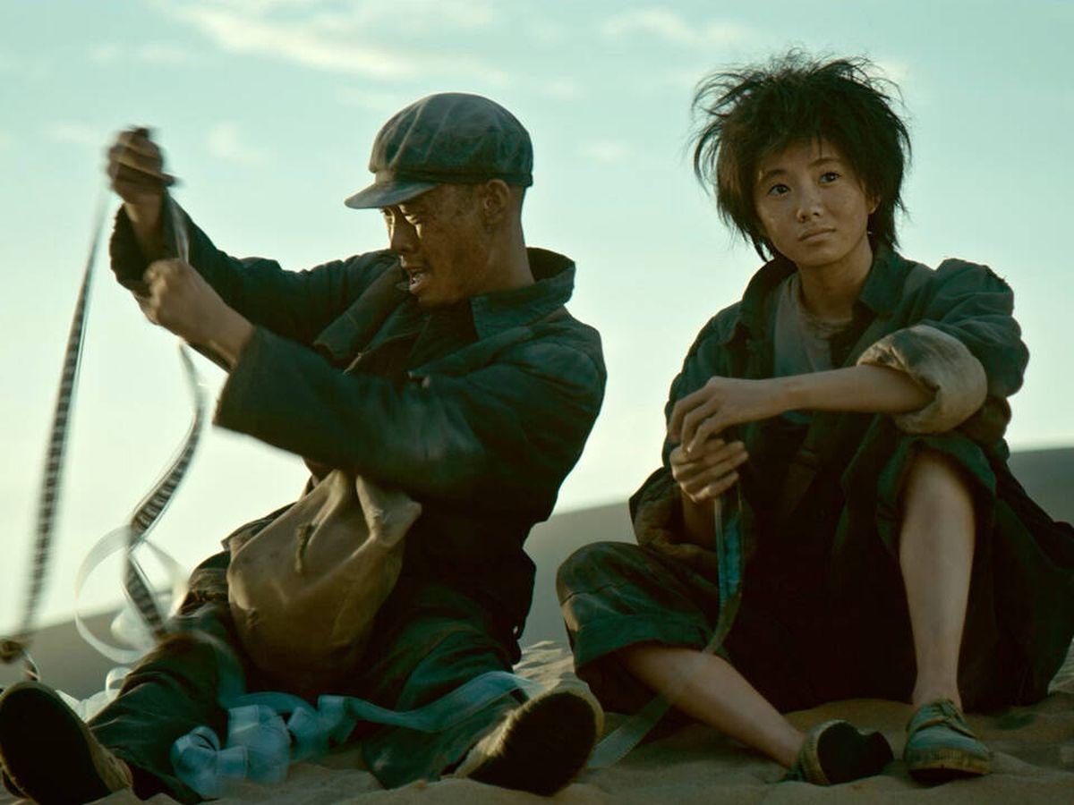 Foto: Yi Zhang y Haocon Liu en 'Un segundo', de Zhang Yimou. (Vértigo Films)