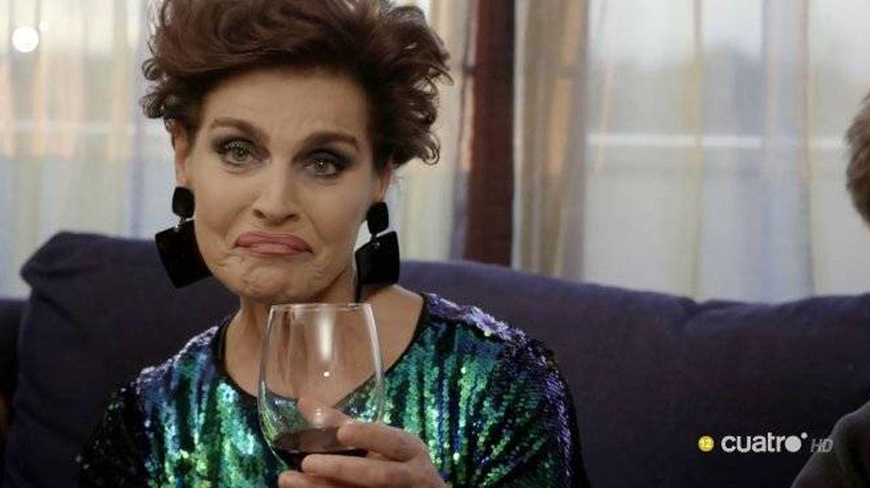 Una de las muecas de Antonia Dell'Atte en 'Ven a cenar conmigo'. (Cuatro)