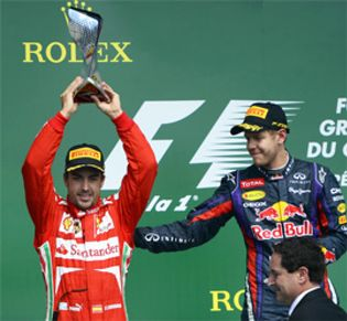 Foto: Alonso apela a los pilotos inteligentes para batirse en duelo