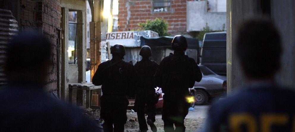 Foto: La policía de Buenos Aires durante un control antidrogas. (Reuters)