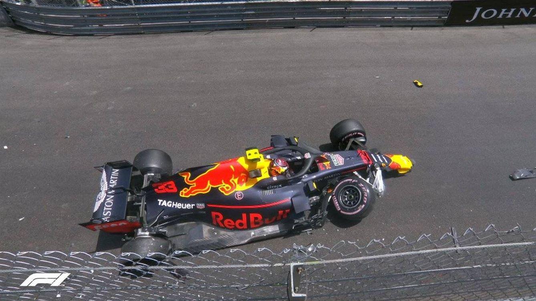Verstappen se lleva la bronca tras estrellarse en los libres: saldrá último en Mónaco
