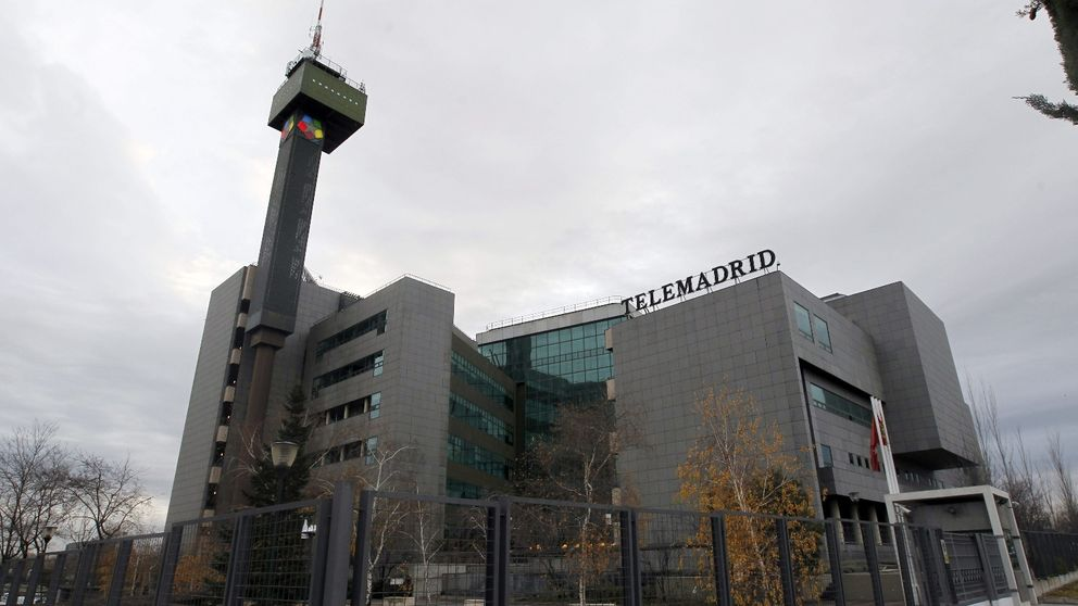 Telemadrid frena 'in extremis' un contrato millonario con Warner Bross