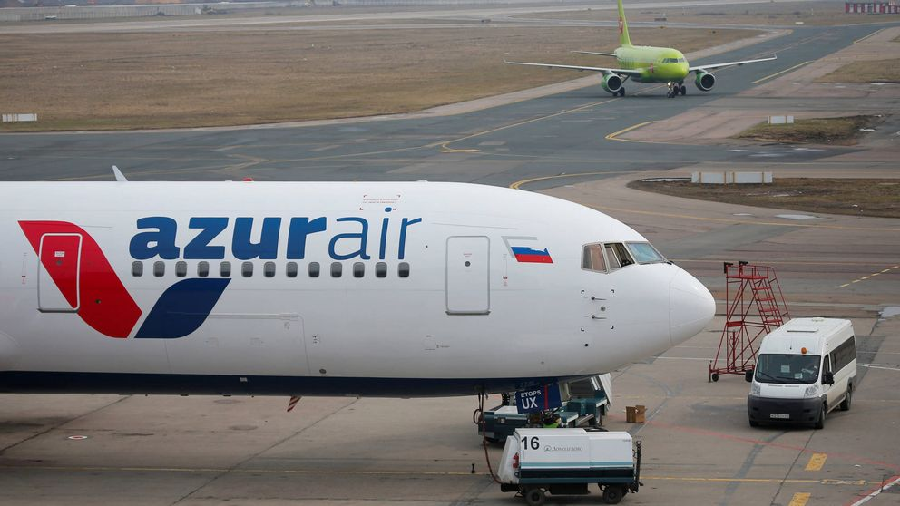 Un avión Boeing 767-300 tiene que aterrizar de emergencia en Siberia dejando 56 heridos