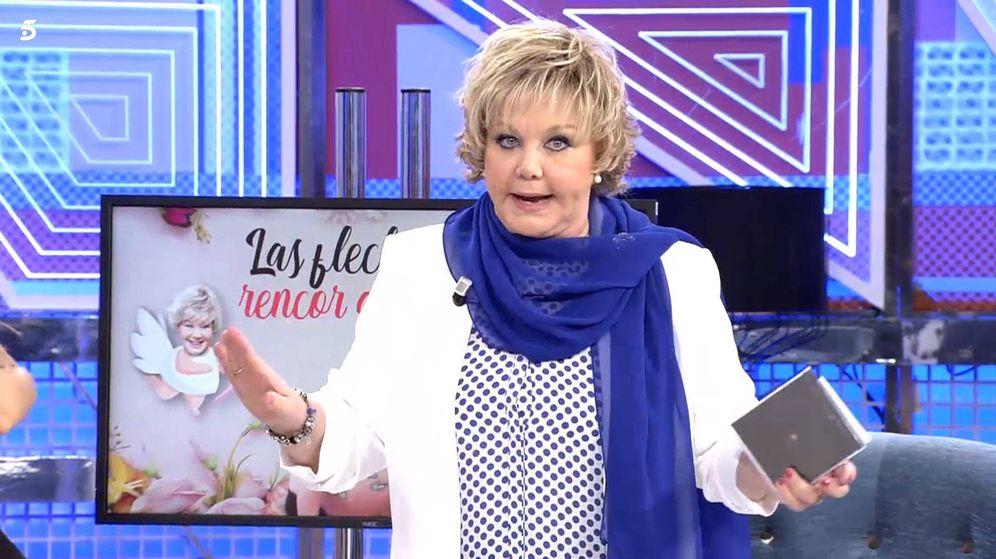 Foto: Karina, en 'Sábado Deluxe'. (Telecinco)