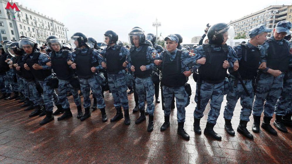 Foto: Policía rusa en Moscú. (Reuters)