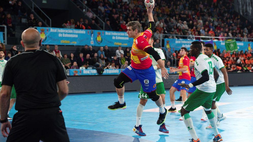 Foto: La selección española se enfrenta a Arabai Saudí en un partido de preparación para el Campeonato del MUndo. (EFE)