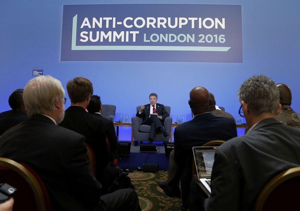 Foto: El presidente de Colombia, Juan Manuel Santos, durante la cumbre anticorrupción celebrada en Londres. (Reuters)