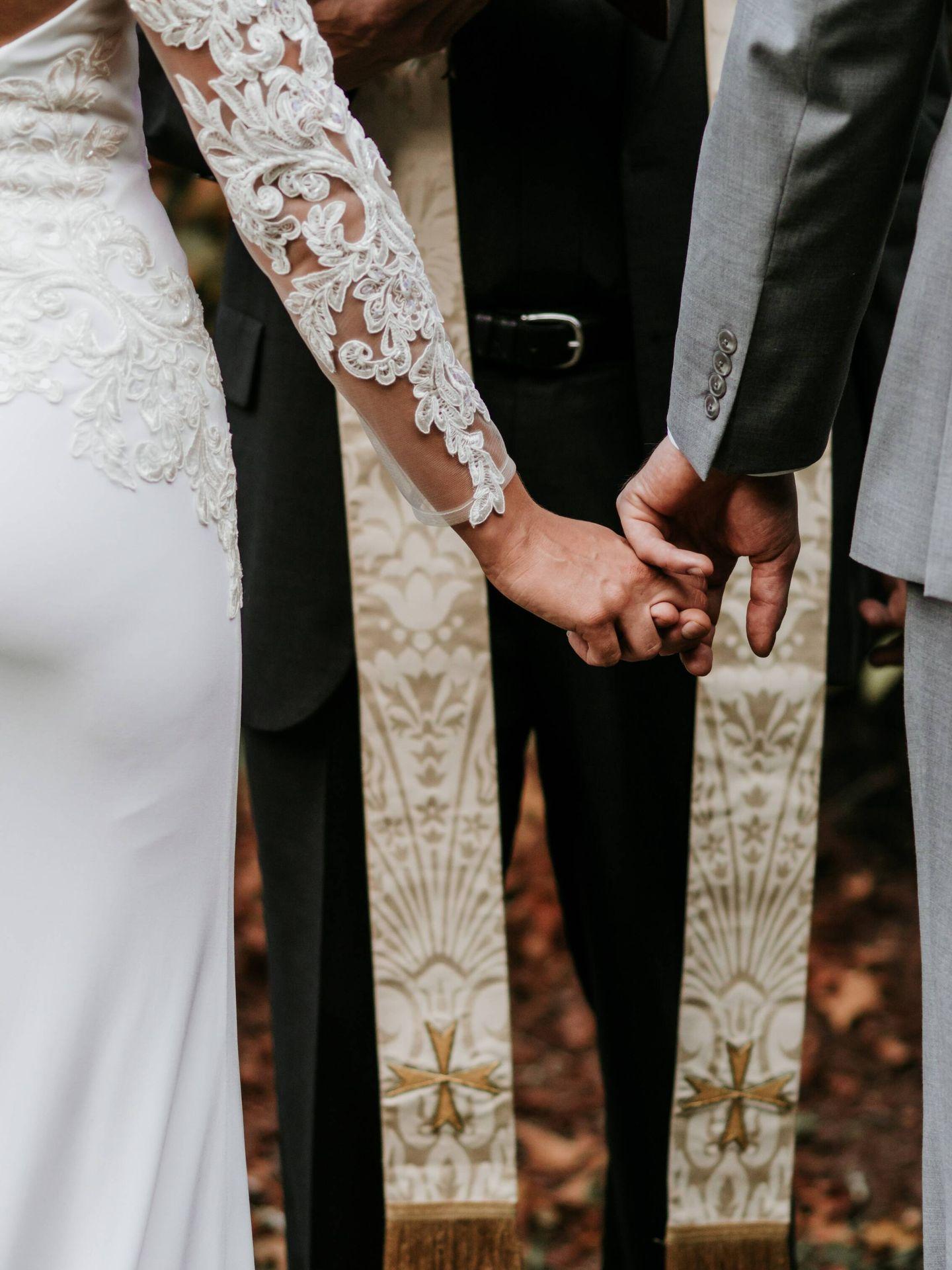 Diferencias entre las bodas millennial y las zoomer. (Zelle Duda para Unsplash)