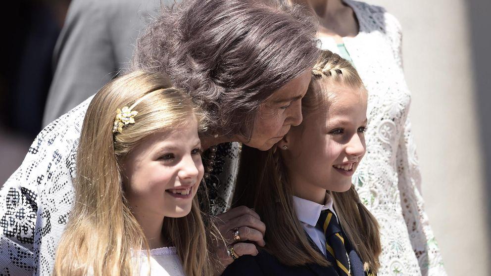 ¿Tiene prohibido la Reina Sofía ver a sus nietas Leonor y Sofía?