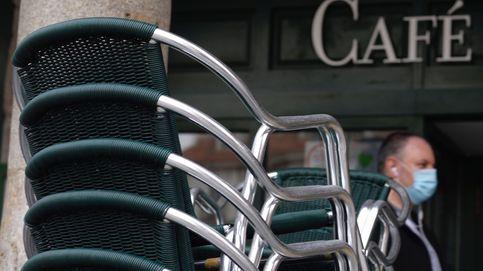 Castilla y León cierra el interior de la hostelería en cinco capitales y 16 municipios