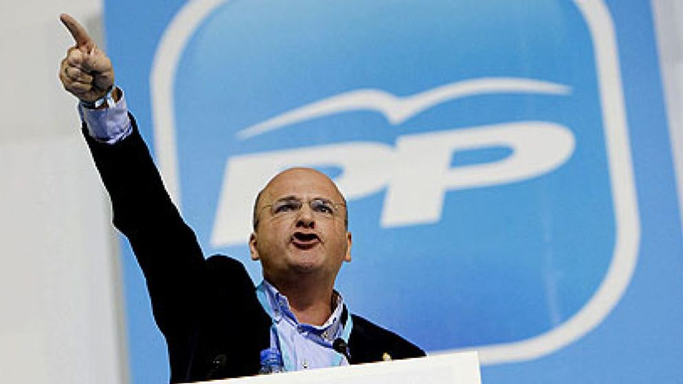 Revés para Feijóo: la saga Baltar se perpetúa en Ourense tras derrotar a su candidato