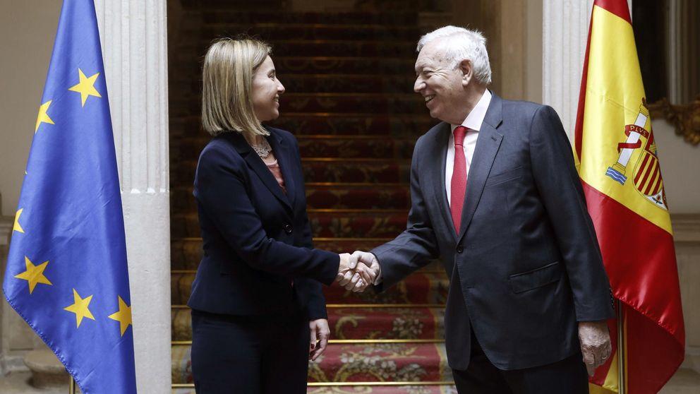 Exteriores oculta los gastos y el personal de las 117 embajadas