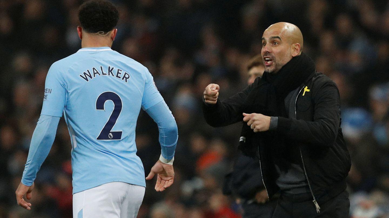 Pep Guardiola, dando instrucciones. (Reuters)