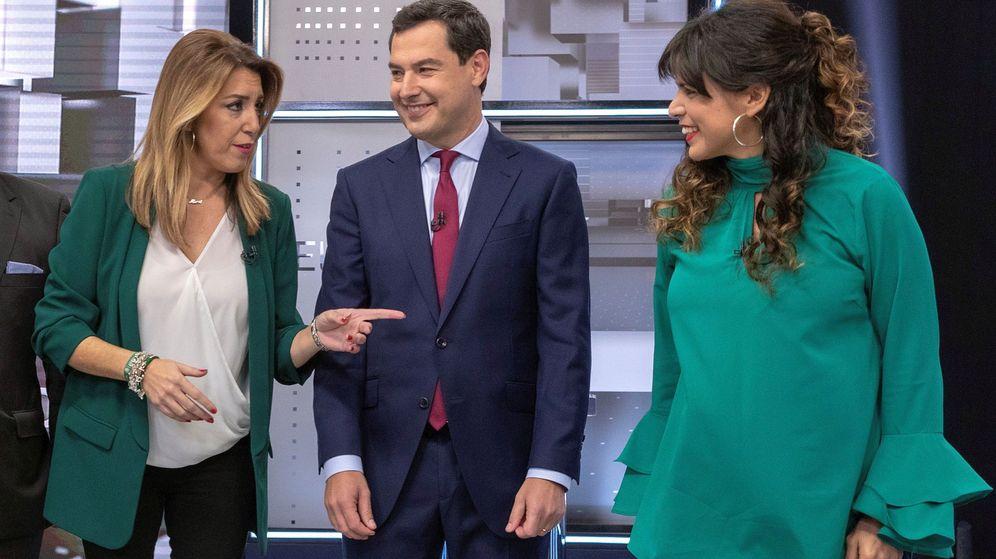 Foto: Los candidatos a la presidencia de la Junta por el PSOE, Susana Díaz, el PP, Juanma Moreno (c), y Adelante Andalucía, Teresa Rodríguez. (EFE)