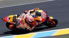 Paliza de un abucheado Márquez en el GP de Francia de MotoGP, ¿quién le tose ahora?