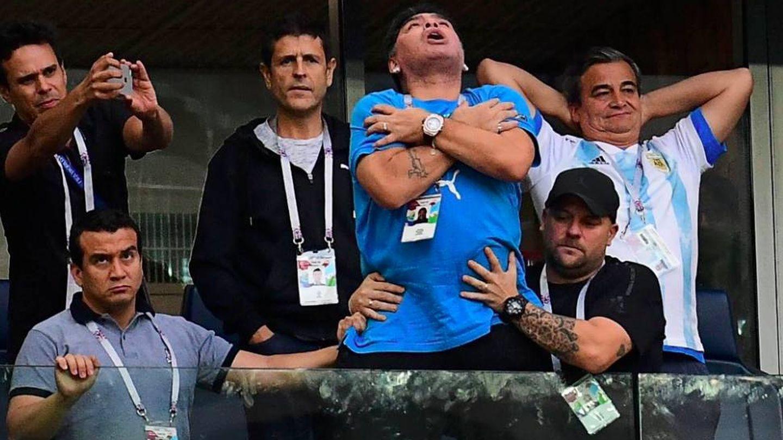 Maradona en una imagen del partido. (Gtres)