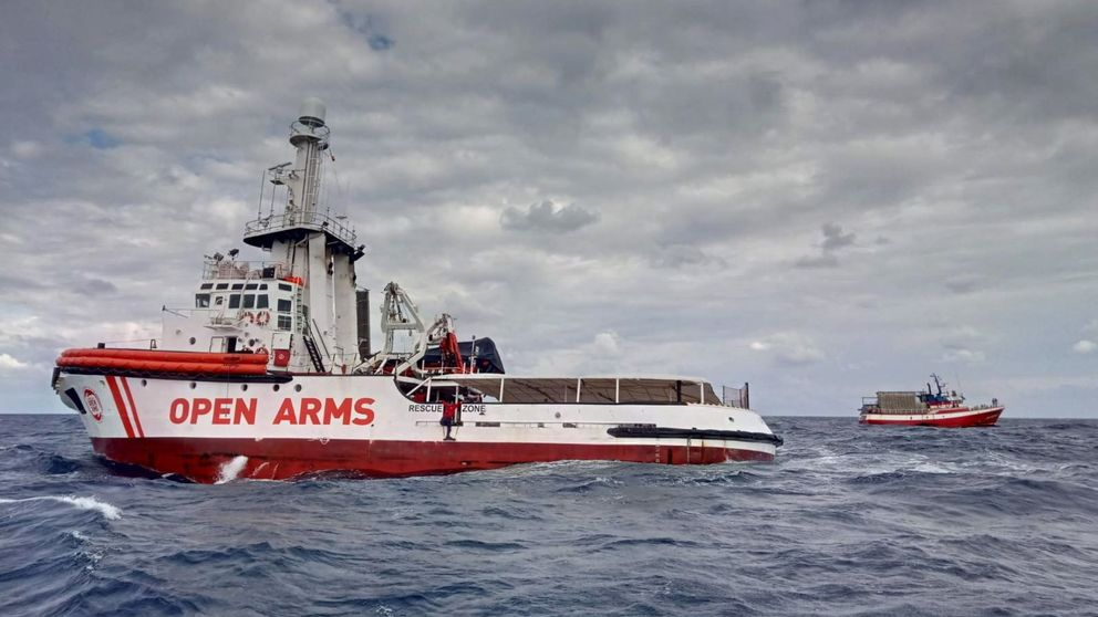 El Ministerio de Fomento bloquea el Open Arms en el puerto de Barcelona
