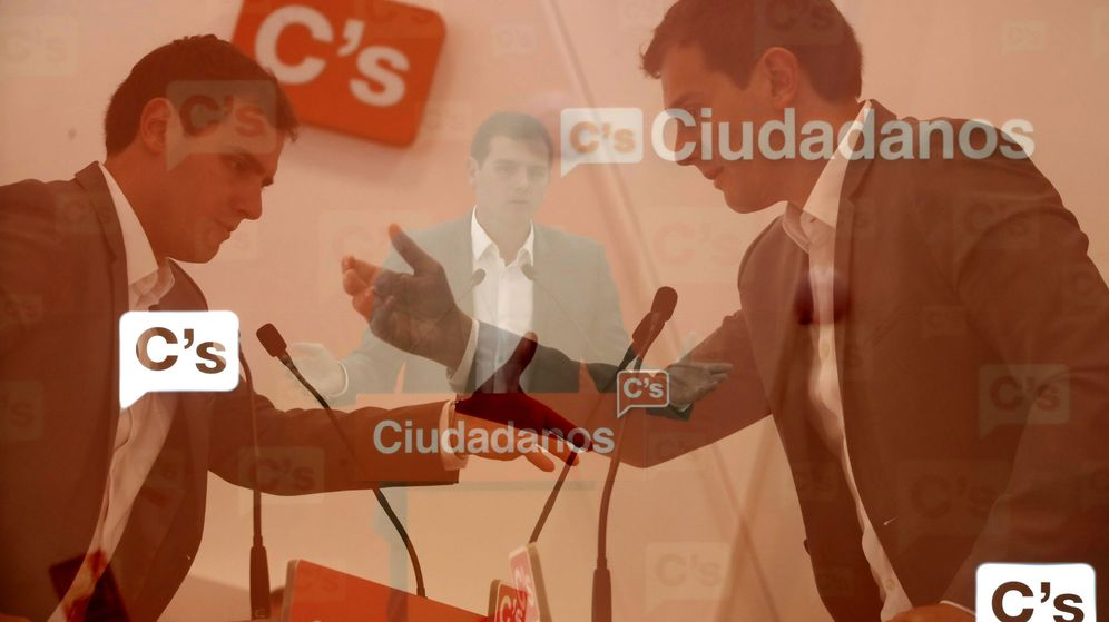 Foto: Multiexposición en cámara del líder de Ciudadanos, Albert Rivera. (EFE)