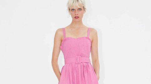 El vestido rosa para las que odian el rosa está en Zara y cuesta 30 euros
