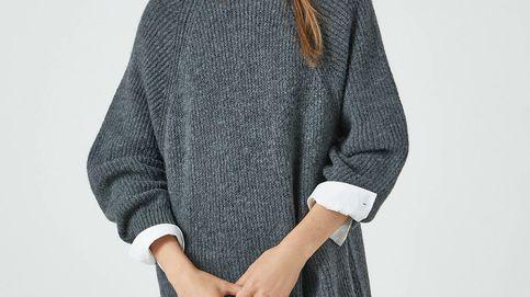 ¿Pijama o un look working perfecto? Así es el vestido jersey de Pull and Bear más versátil