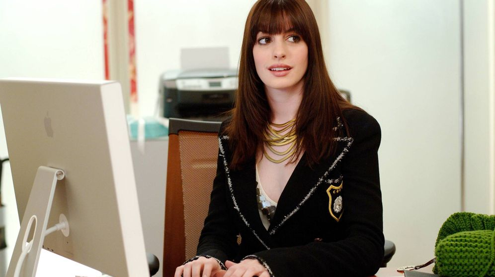 Foto: Anne Hathaway, en una escena de 'El diablo viste de Prada'. (Cordon Press)