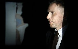 Duncan Campbell gana el Premio Turner de arte contemporáneo