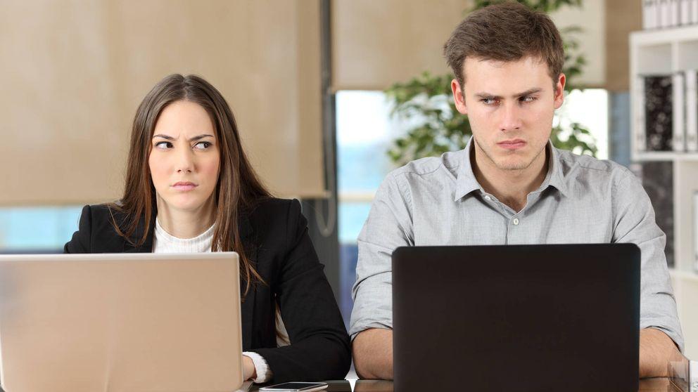 Los signos que delatan que tu compañero de trabajo es una garrapata