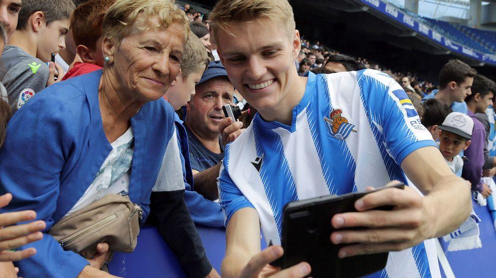 Foto: El noruego Martin Odegaard, el nuevo ídolo de los aficionados de la Real Sociedad. (Efe)