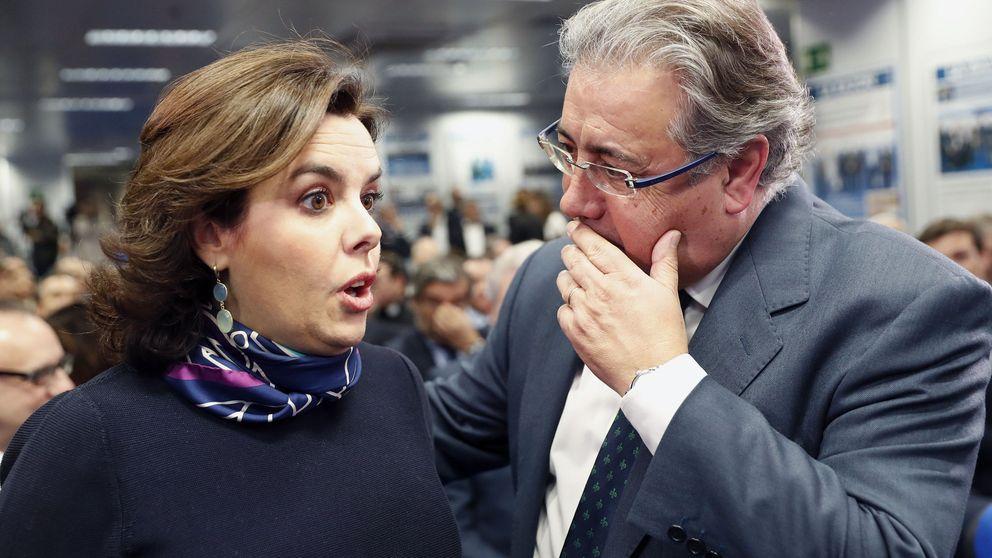 El PP andaluz da la batalla por Santamaría mientras Nieto y Zoido apoyan a Cospedal