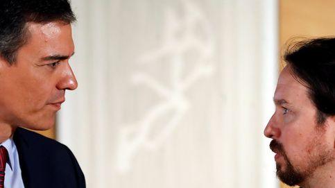 La consulta a las bases de Podemos enfada a Sánchez: Iglesias no se lo avanzó