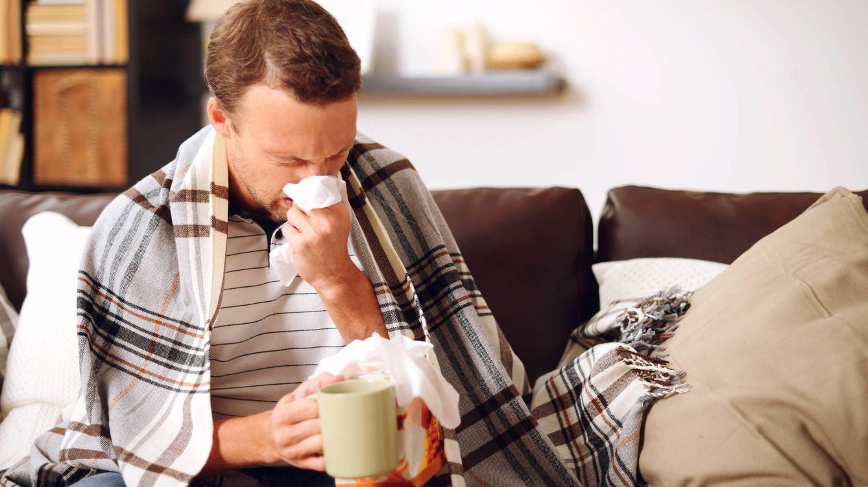 Foto: Importante descansar y tirar lo antes posible los pañuelos desechables. (iStock)