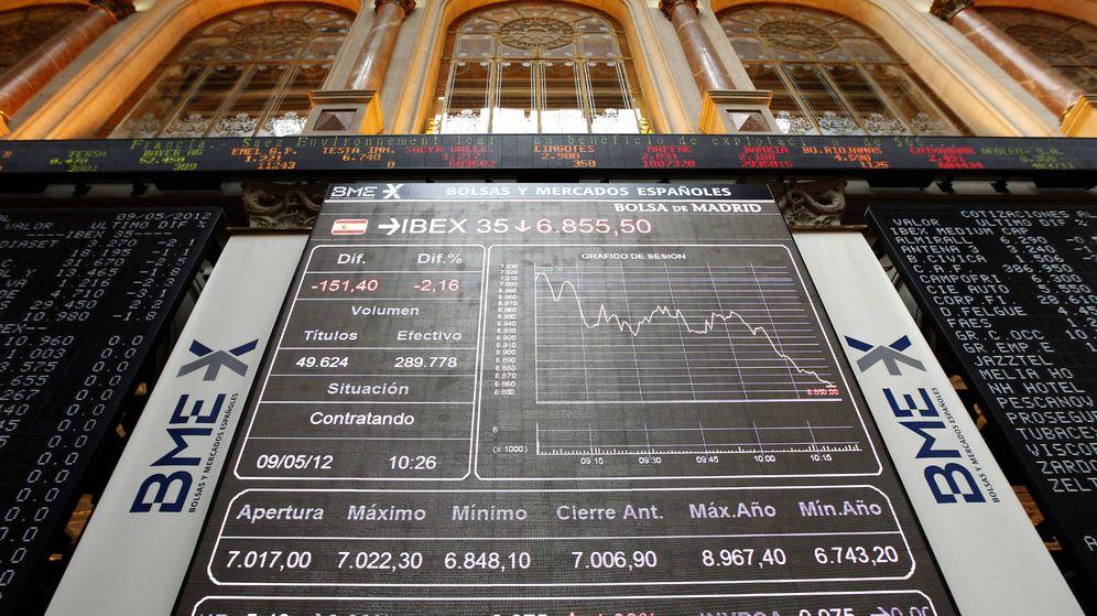 Foto: Imagen del panel de cotizaciones del principal indicador de la Bolsa de Madrid, el Ibex 35.