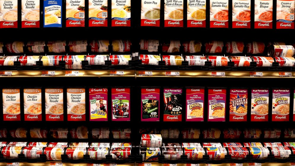Foto: File photo: cans of campbell's soup are displayed in a supermarket in new york